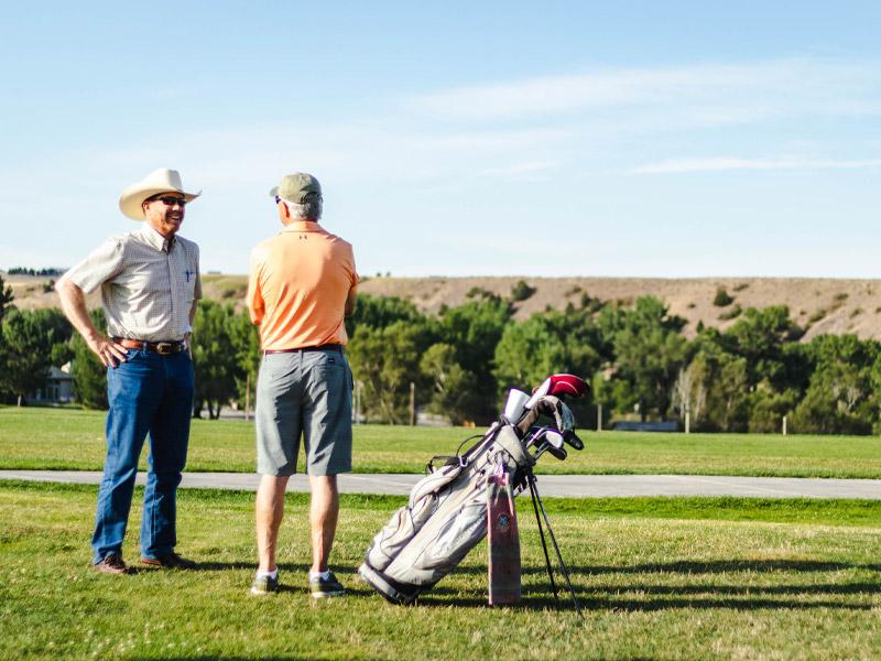 tbone-classic-golfers-talking